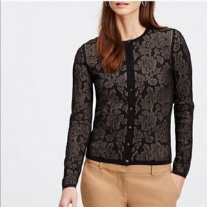 ANN TAYLOR | Floral Button Up Cardigan Black Chic